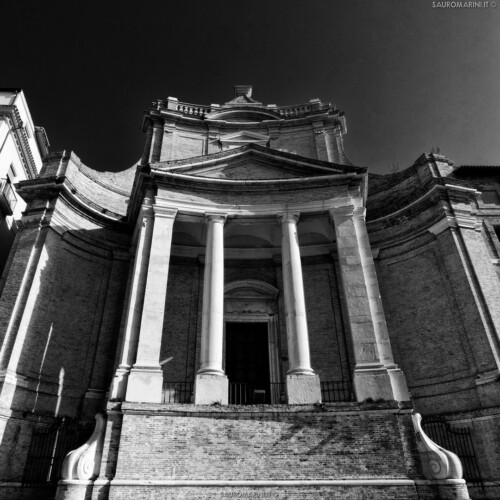 11 Chiesa del Gesu _ La Particolare Bellezza